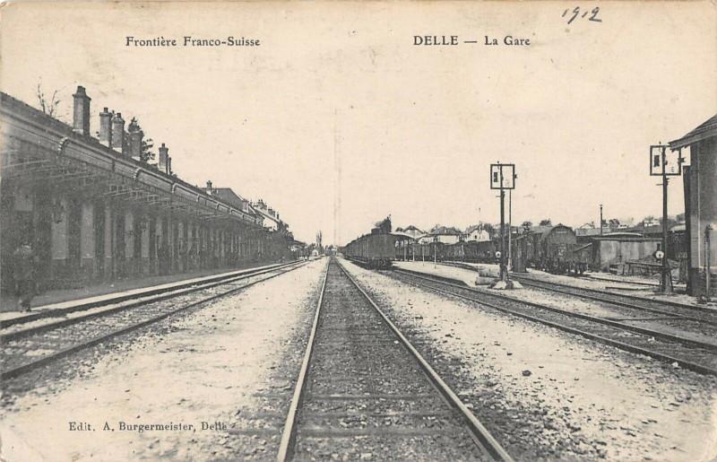 Carte postale ancienne Delle La Gare à Delle
