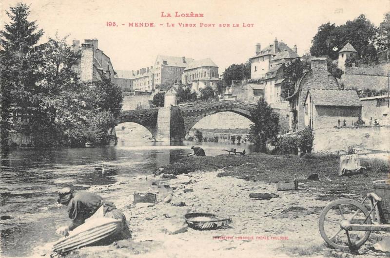 Carte postale ancienne Mende Le Vieux Pont Sur Le Lot à Mende