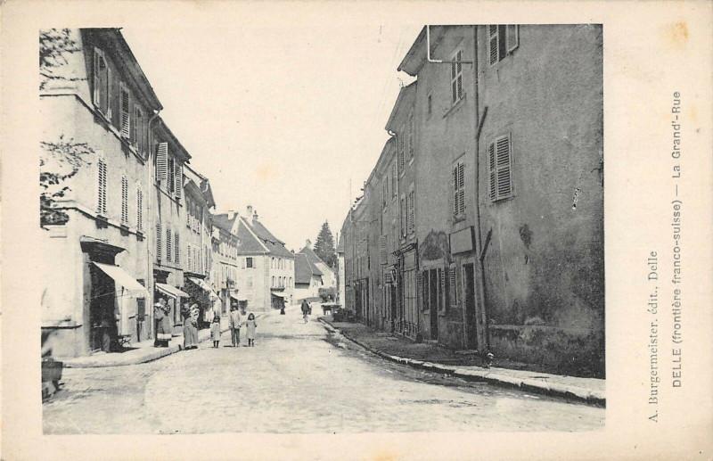 Carte postale ancienne Delle La Grand Rue à Delle