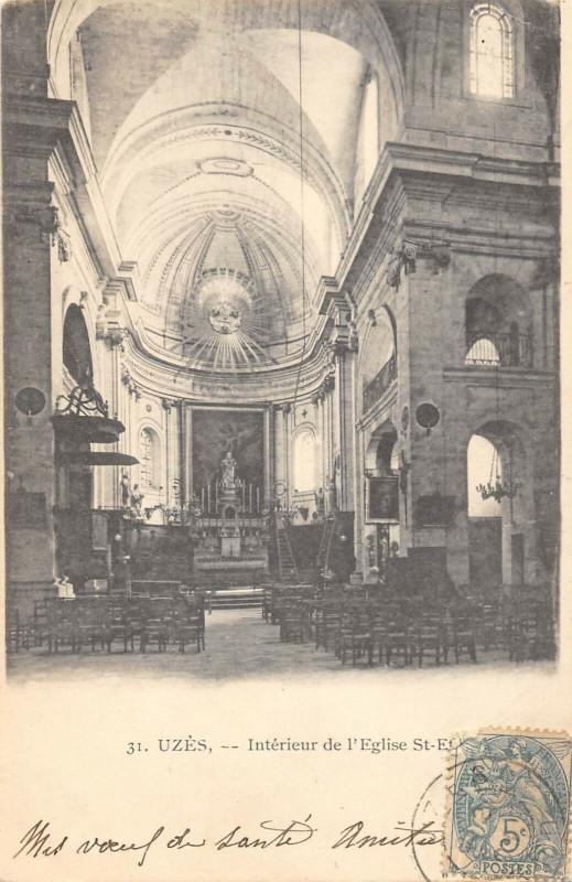 Carte postale ancienne Uzes Interieur Eglise Saint Etienne à Uzès
