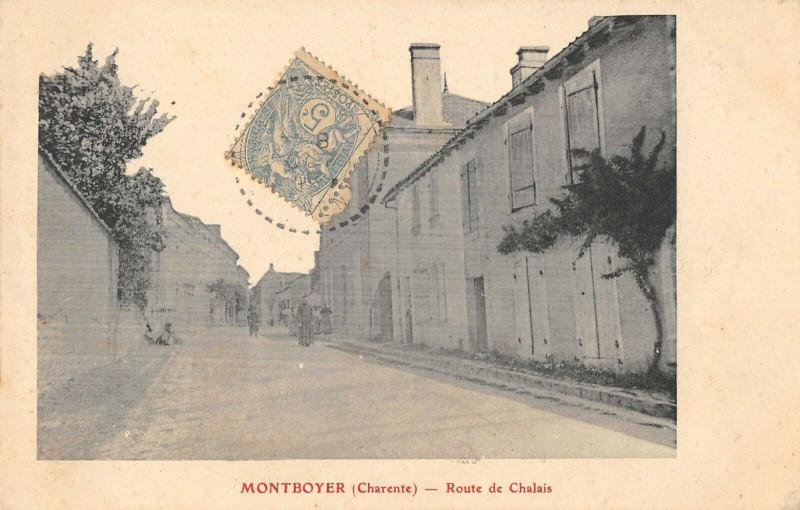 Carte postale ancienne Montboyer Route De Chalais à Montboyer