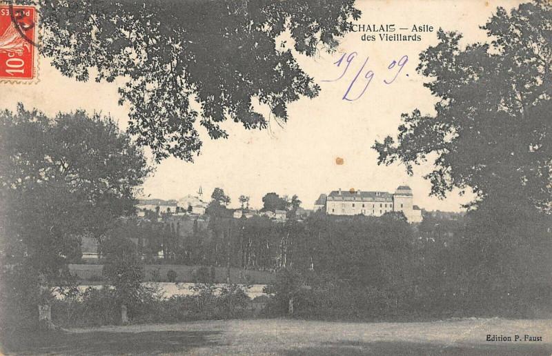 Carte postale ancienne Chalais Asile Des Vieillards à Chalais