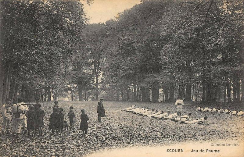 Carte postale ancienne Ecouen Jeu De Paume à Écouen