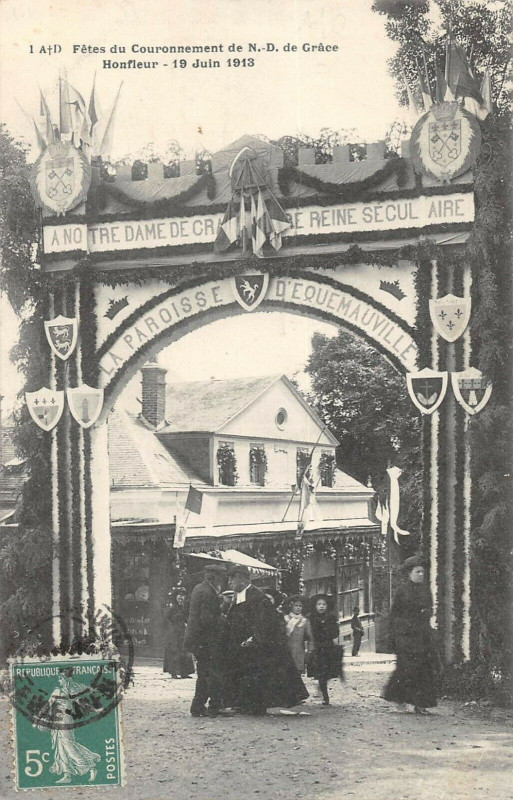 Carte postale ancienne Fetes Du Couronnement De N.d.de Grace Honfleur 1913 à Honfleur