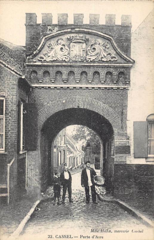 Carte postale ancienne Cassel Porte D'Aire à Cassel