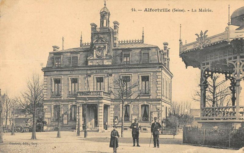 Carte postale ancienne Alfortville La Mairie à Alfortville