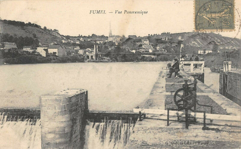 Carte postale ancienne Fumel Vue Panoramique à Fumel