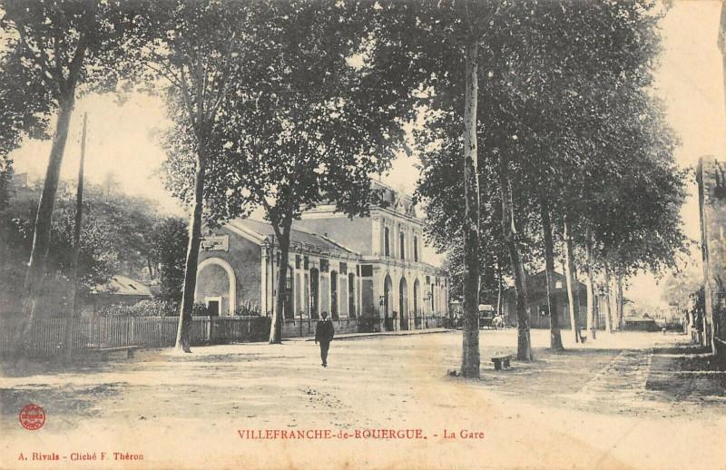 Carte postale ancienne Villefranche De Rouergue La Gare à Villefranche-de-Rouergue