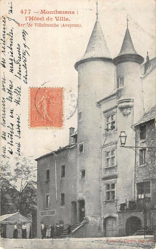 Carte postale ancienne Montbazens Hotel De Ville à Montbazens