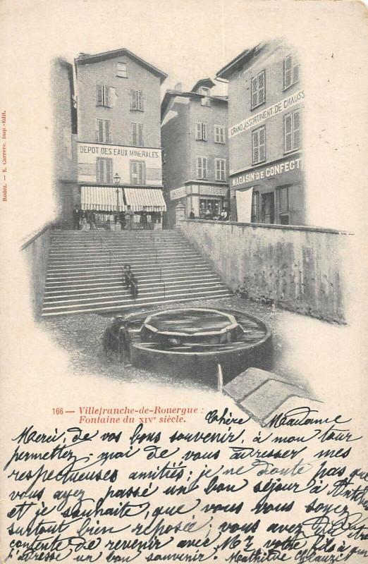 Carte postale ancienne Villefranche De Rouergue Fontaine à Villefranche-de-Rouergue