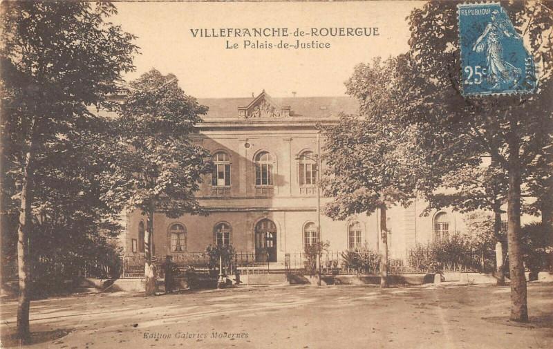 Carte postale ancienne Villefranche De Rouergue Le Palais De Justice à Villefranche-de-Rouergue