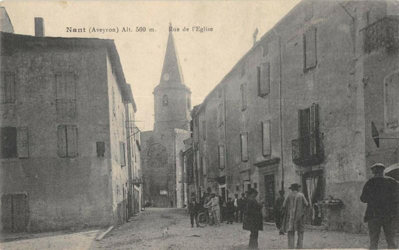 Carte postale ancienne Nant Rue De L'Eglise à Nant