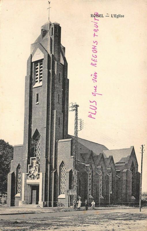 Carte postale ancienne Roisel L'Eglise à Roisel