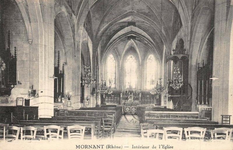 Carte postale ancienne Mornant Interieur De L'Eglise à Mornant