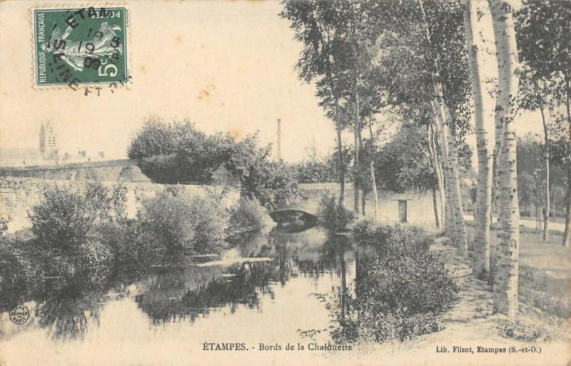 Carte postale ancienne Etampes Bords De La Chalouette à Étampes