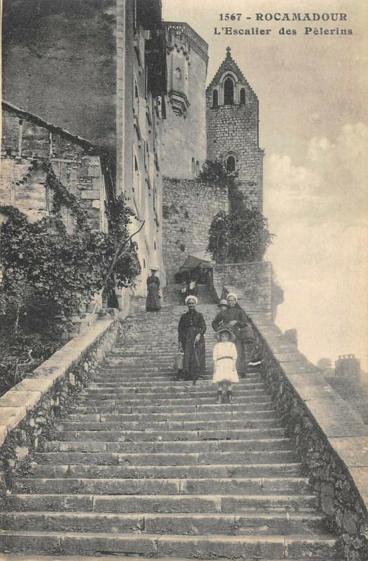 Carte postale ancienne Rocamadour Escalier Des Pelerins à Rocamadour