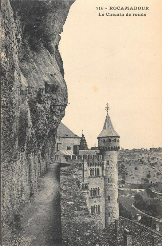 Carte postale ancienne Rocamadour Le Chemin De Ronde à Rocamadour