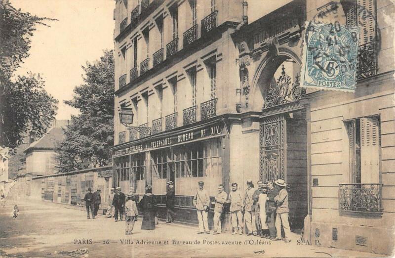 Carte postale ancienne Villa Adrienne et Bureau de Postes avenue d'Orleans à Paris 14e