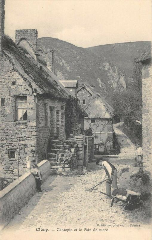 Carte postale ancienne Clecy Cantepie Et Le Pain De Sucre à Clécy