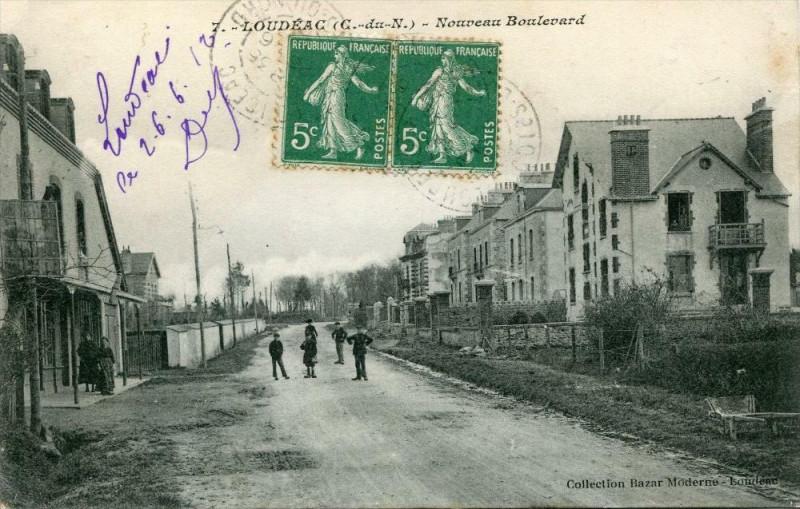 Carte postale ancienne Loudeac Nouveau Boulevard (cpa animée) à Loudéac