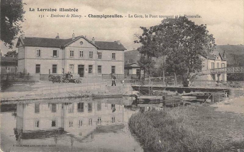 Carte postale ancienne Champigneulles La Gare Le Pont Tournant Et Passerelle (dos non divisé) cp à Champigneulles