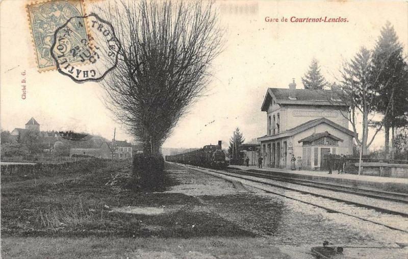 Carte postale ancienne Gare De Courtenot Lenclos à Courtenot