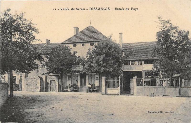 Carte postale ancienne Vallee Du Serin Dissangis Entree Du Pays à Dissangis