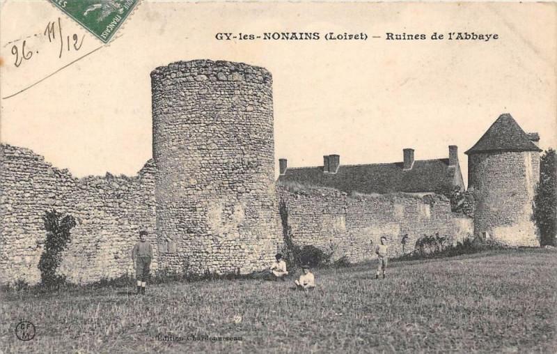 Carte postale ancienne Gy Les Nonains Ruines De L'Abbaye à Gy-les-Nonains