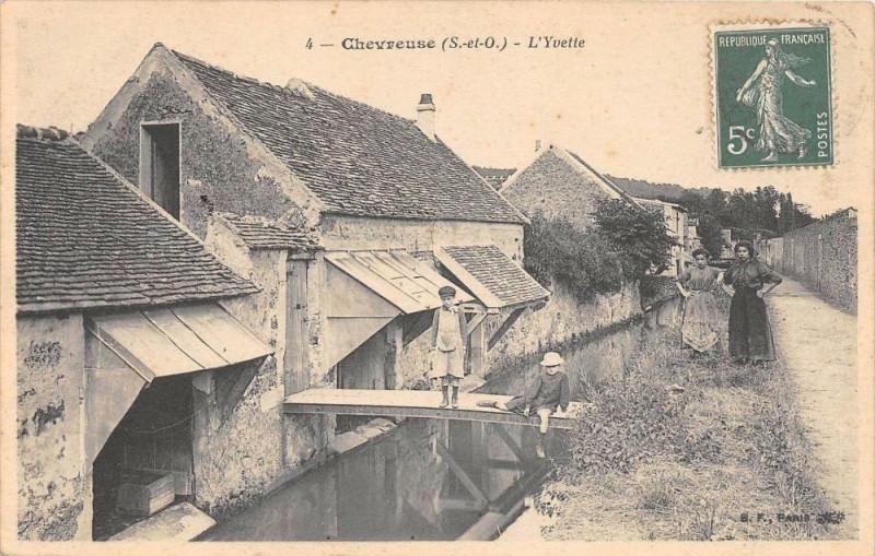 Carte postale ancienne Chevreuse L'Yvette à Chevreuse