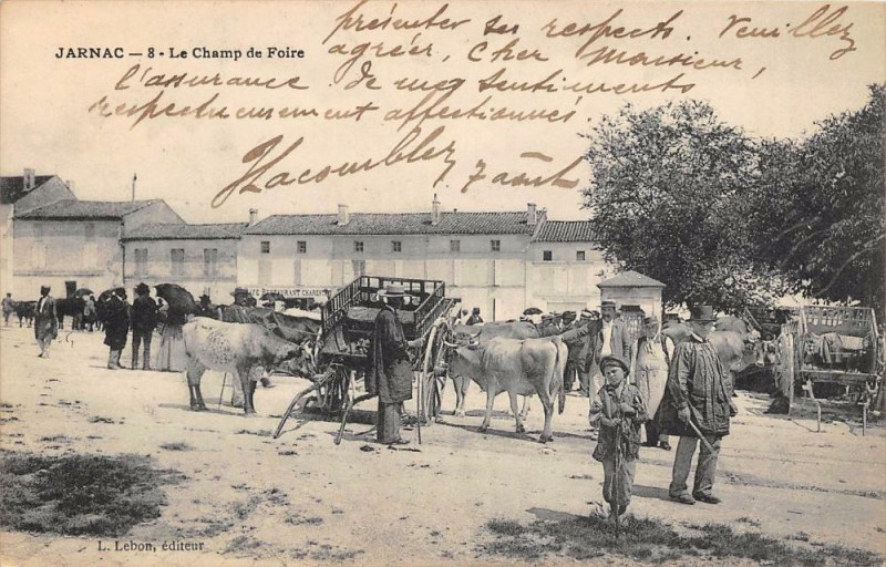 Carte postale ancienne Jarnac Le Champ De Foire à Jarnac