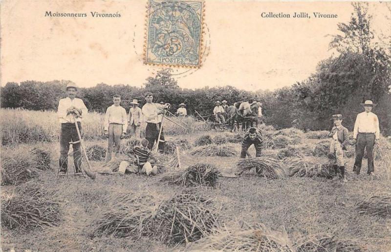 Carte postale ancienne Moissonneurs Vivonnois Vivonne (Scene D'Agriculture à Vivonne