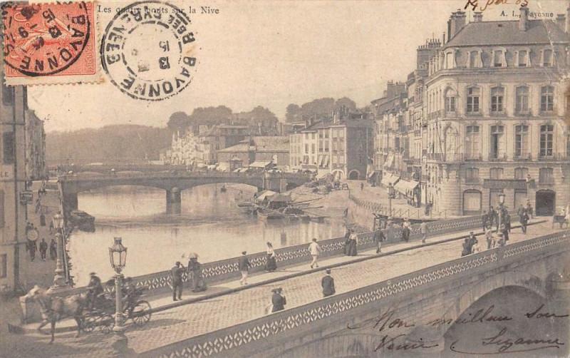 Carte postale ancienne Pau Les Quatre Ponts Sur La Nive  (dos non divisé) à Pau