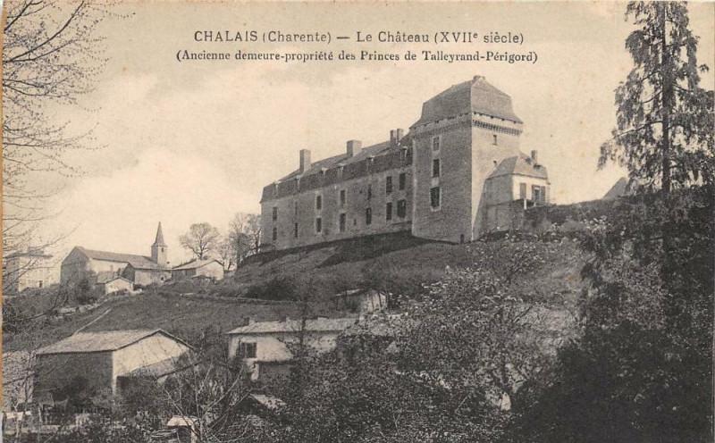 Carte postale ancienne Chalais Le Chateau à Chalais