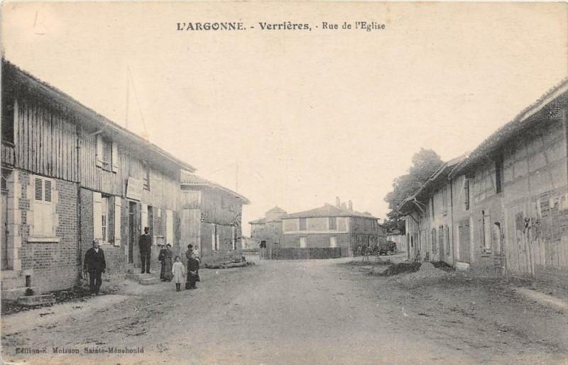 Carte postale ancienne Verrieres Rue De L'Eglise à Verrières