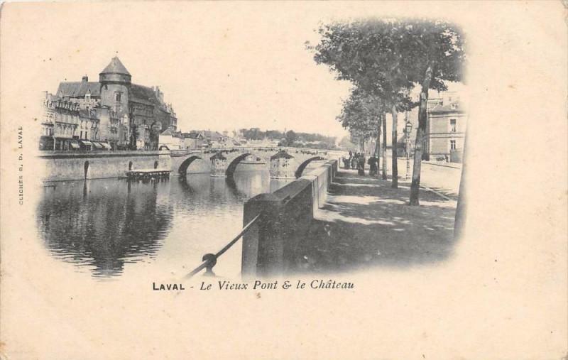 Carte postale ancienne Laval Le Vieux Pont Et Le Chateau (dos non divisé) à Laval