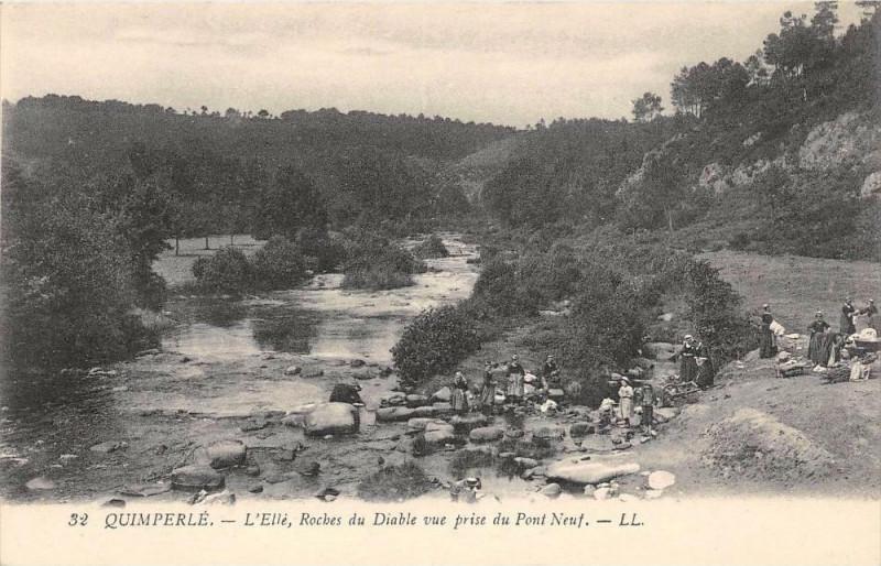 Carte postale ancienne Quimperle L'Elle Roches Du Diable Vue Prise Du Pont Neuf à Quimperlé