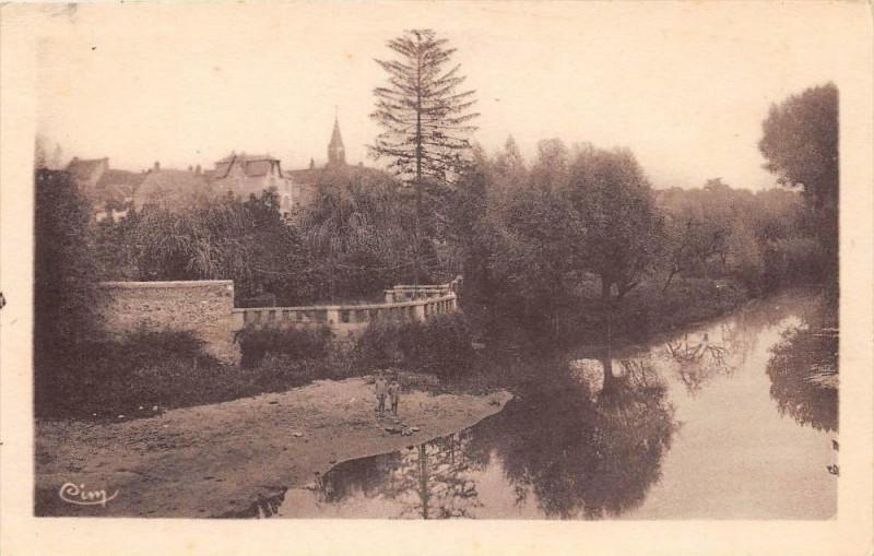 Carte postale ancienne Vineuil Vue Sur Le Cosson à Vineuil