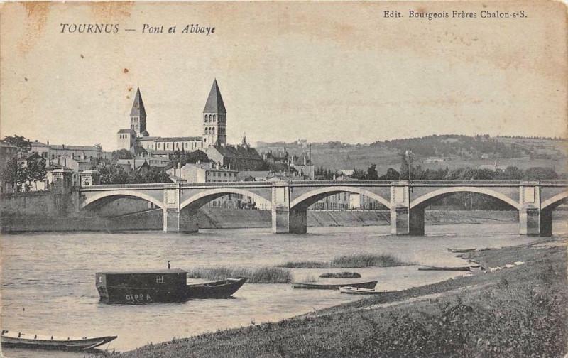 Carte postale ancienne Tournus Pont Et Abbaye à Tournus