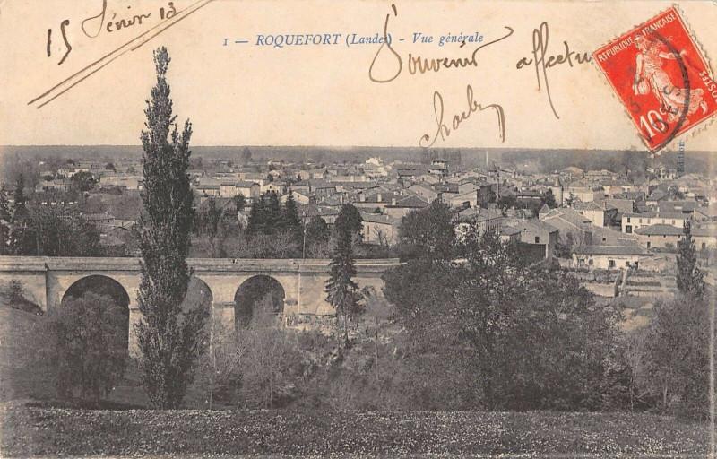 Carte postale ancienne Roquefort Vue Generale à Roquefort