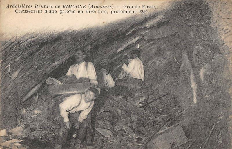 Carte postale ancienne Ardoisieres Reunies De Rimogne Grande Fosse Creusement D'Une Galerie à Rimogne