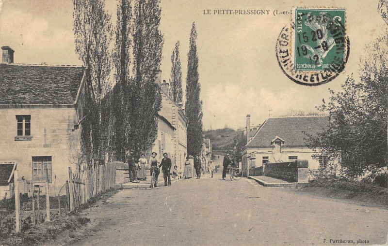 Carte postale ancienne Le Petit Pressigny au Petit-Pressigny