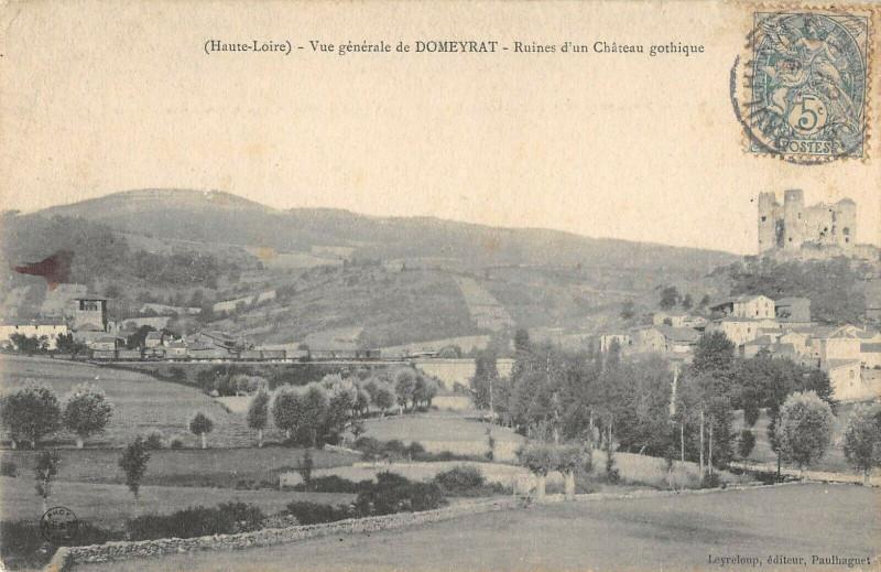 Carte postale ancienne Vue Generale De Domeyrat Chateau Gothique à Domeyrat