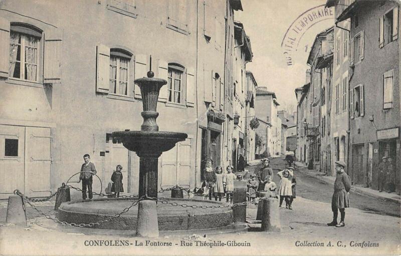 Carte postale ancienne Confolens Fontorse Rue Theophile Gibouin à Confolens