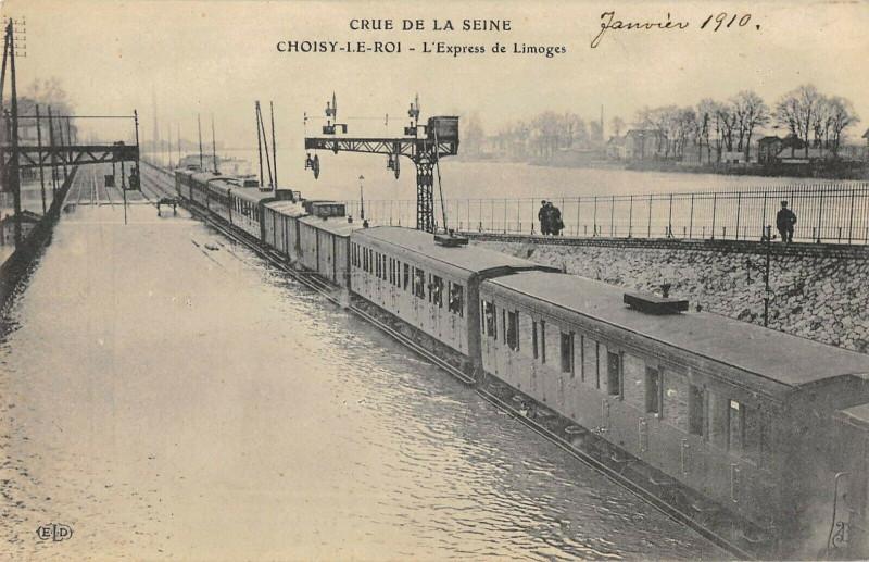 Carte postale ancienne Choisy Le Roi L'Express De Limoges Train à Choisy-le-Roi