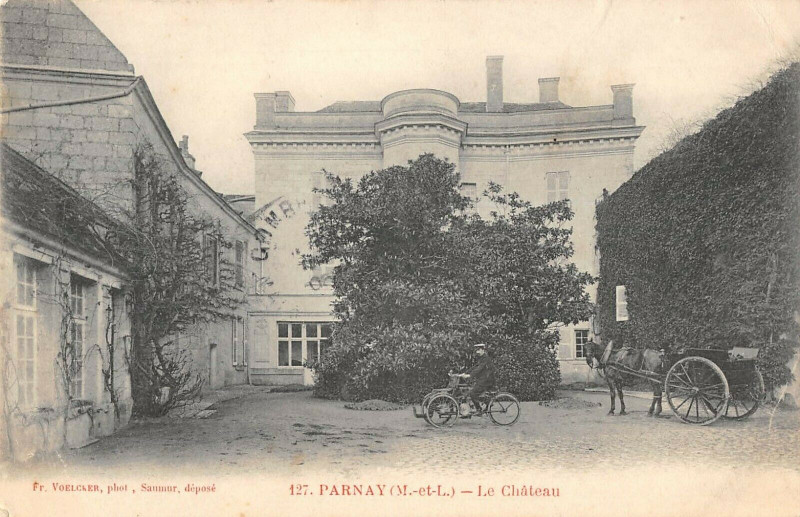 Carte postale ancienne Parnay Le Chateau à Parnay