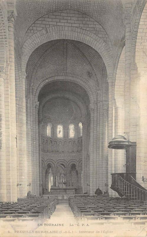 Carte postale ancienne Preuilly Sur Claise Interieur Eglise à Preuilly-sur-Claise
