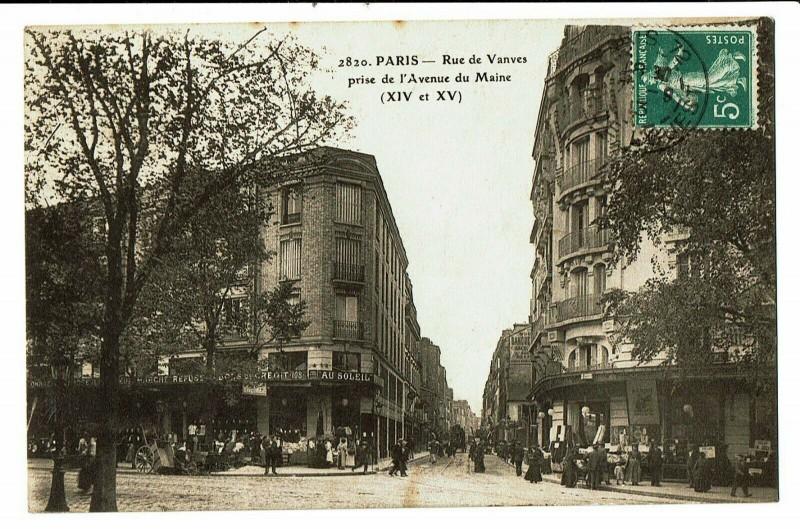 Carte postale ancienne Rue de Vanves prise de l'Avenue du Maine à Paris 14e