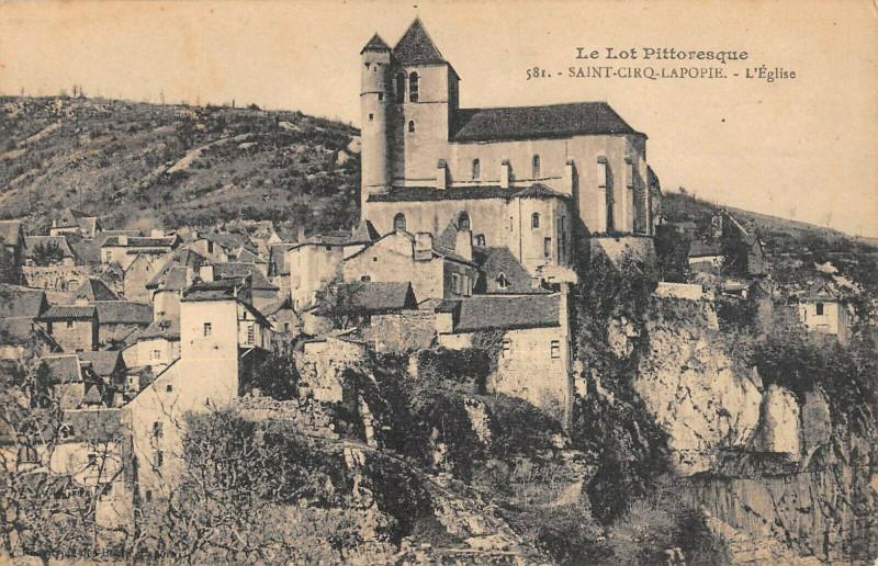 Carte postale ancienne Saint Cirq Lapopie Eglise à Saint-Cirq-Lapopie