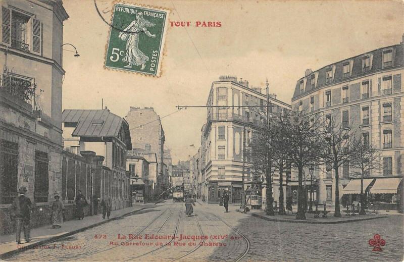 Carte postale ancienne La Rue Edouard Jacques - Au Carrefour de la Rue du Château à Paris 14e