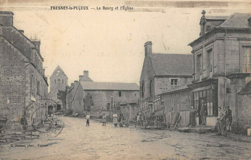 Carte postale ancienne Le Breuil En Auge Le Bourg au Breuil-en-Auge